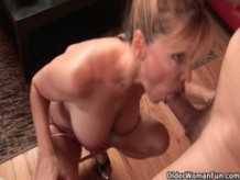 Milf Nicole Moore swallows a cum load
