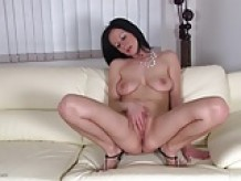 Real mom next door rubs her thirsty clit